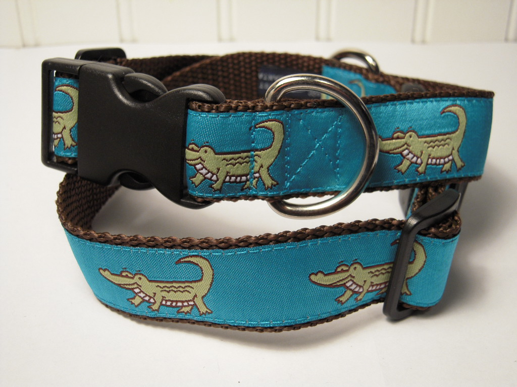 Grinnin' Gator - Brown & Teal
